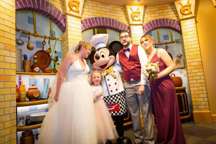 How to have the Enchanted Wedding of Your Disney Dreams In 6 Magical Steps