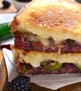 Blackberry-Bacon-Grilled-Cheese-PNS-6-FINAL